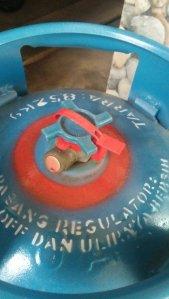 Tutorial Pasang Tabung Gas Anti Ribet untuk Bunda yang ...